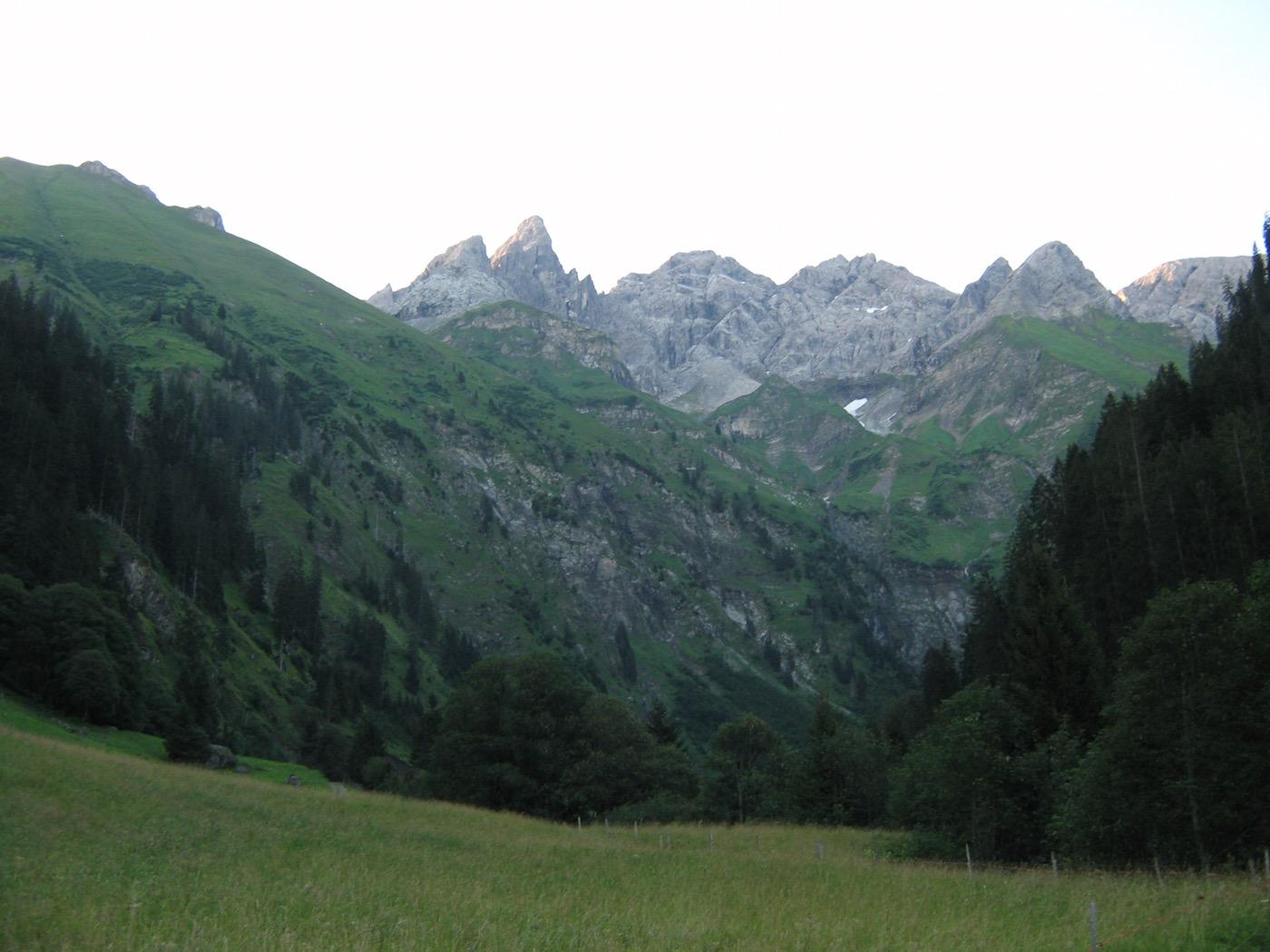 Bei Einödsbach Blick zur Trettach
