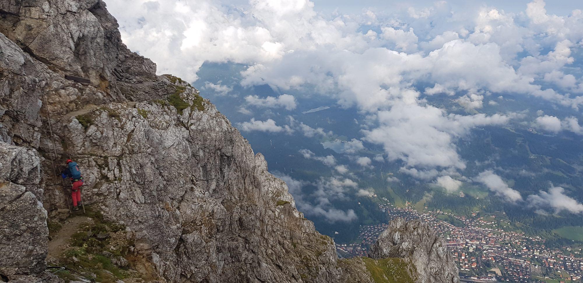 Der Einstieg in den Mittenwalder Klettersteig