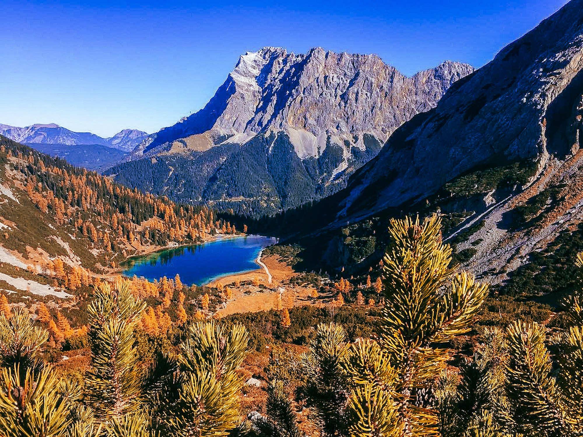 Gipfeltreffen im Herbst – 7 aussichtsreiche Bergtouren und Wanderungen